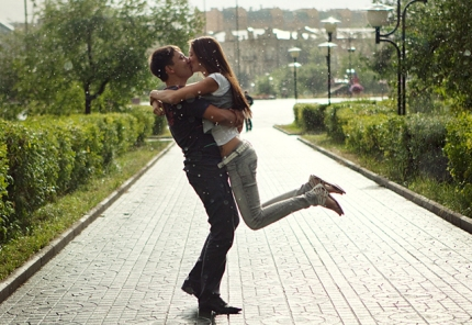beautiful-moments-of-love-photography-44